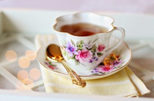 Chá para Dormir [5 Melhores Para Fazer Você Dormir]